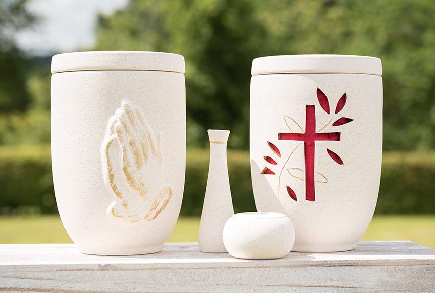 Urnen aus Keramik/Ton